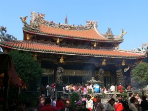 lung-shan-temple